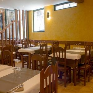 albergue-castro-fondo-restaurante-02