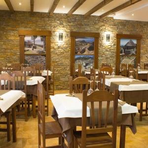 albergue-castro-fondo-restaurante-03